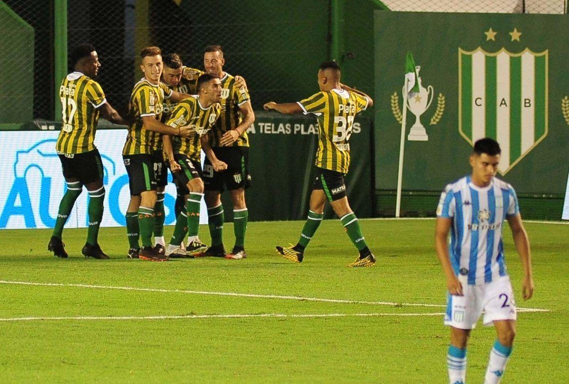 Banfield comenzó la Copa con una victoria en casa.