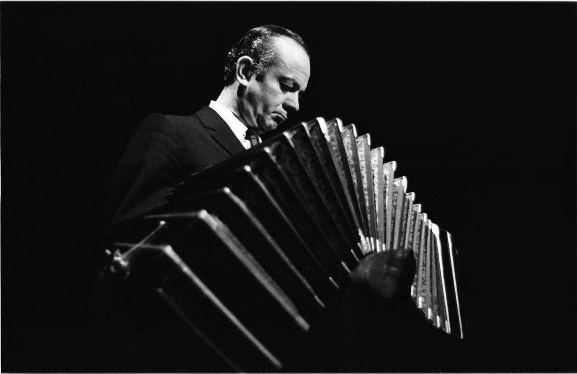 Piazzolla 100 será la plataforma que reunirá los festejos por el centenario del nacimiento del artista.