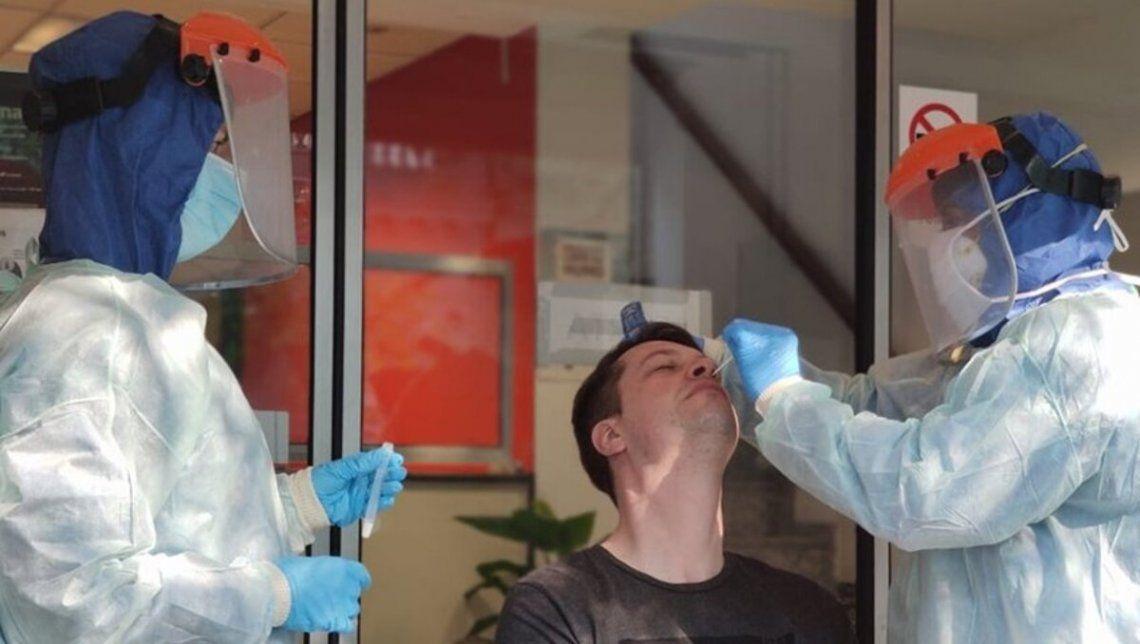 Como resultados de los hisopados que se vienen realizando se detectó en el AMBA una variante de la cepa británica