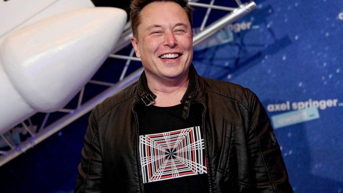 Elon Musk lanzó una dura crítica a la moneda tradicional