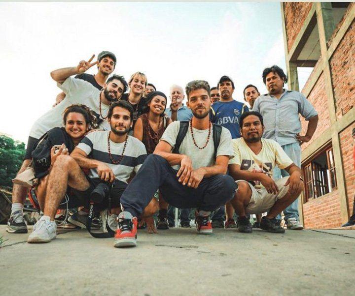 Santiago Maratea viajó con un grupo de amigos