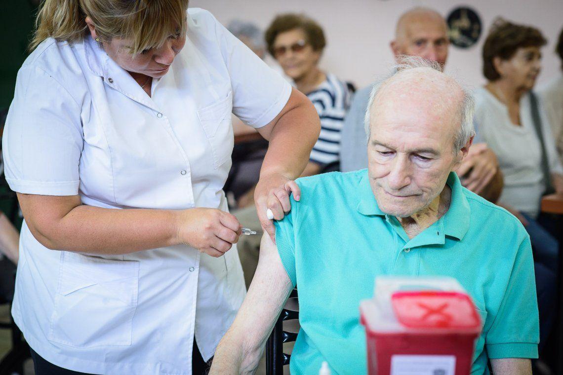 Sputnik V: comienzan a vacunar a los mayores de 70 años en la provincia de Buenos Aires