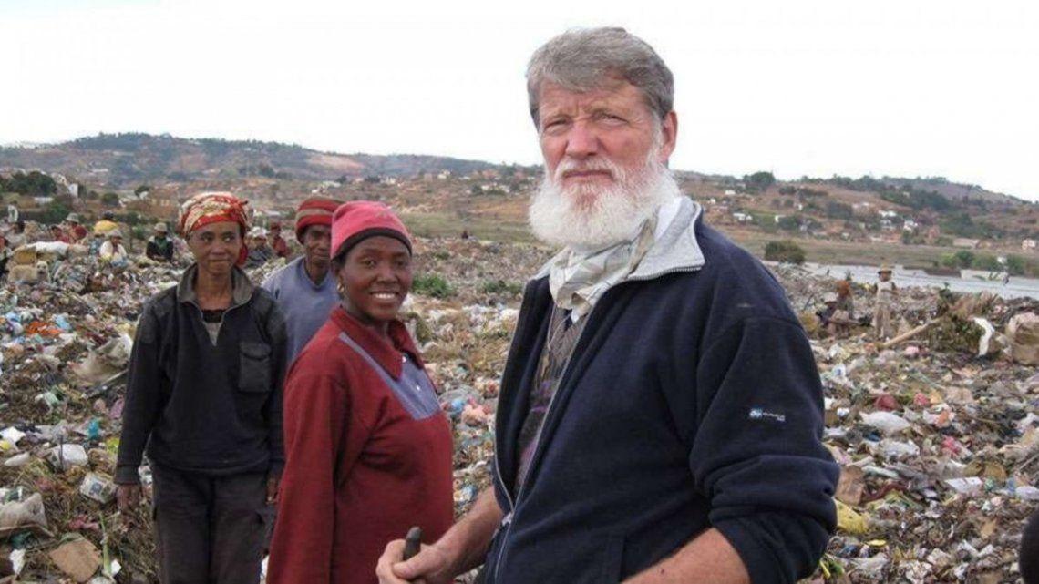 Pedor Opeka es el sacerdote argentino nominado al premio Nobel de la Paz.