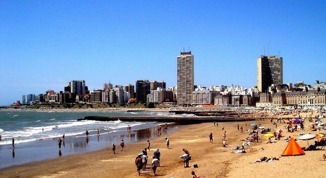 Más de 480.000 turistas llegaron a Mar del Plata en lo que va de febrero.