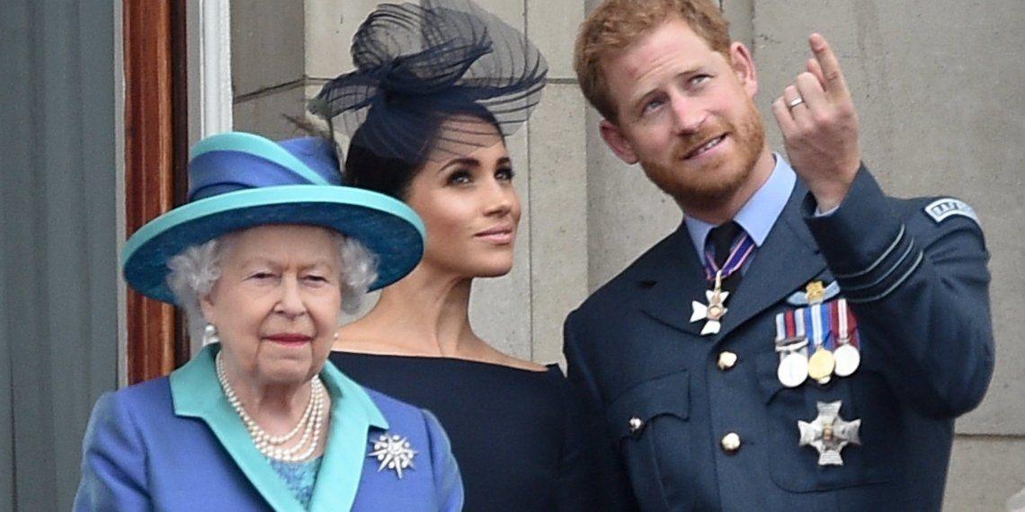 El príncipe Harry y Meghan Markle confirmaron hoy que no trabajarán más para la corona de Inglaterra en un comunicado transmitido por la reina Isabel II.