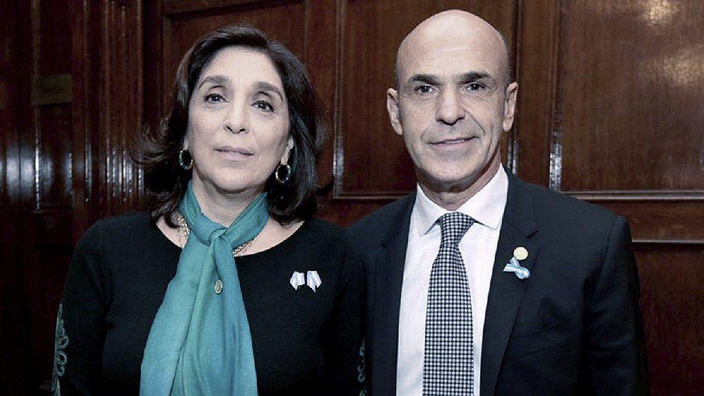 Silvia Majdalani y Gustavo Arribas procesados por espionaje ilegal