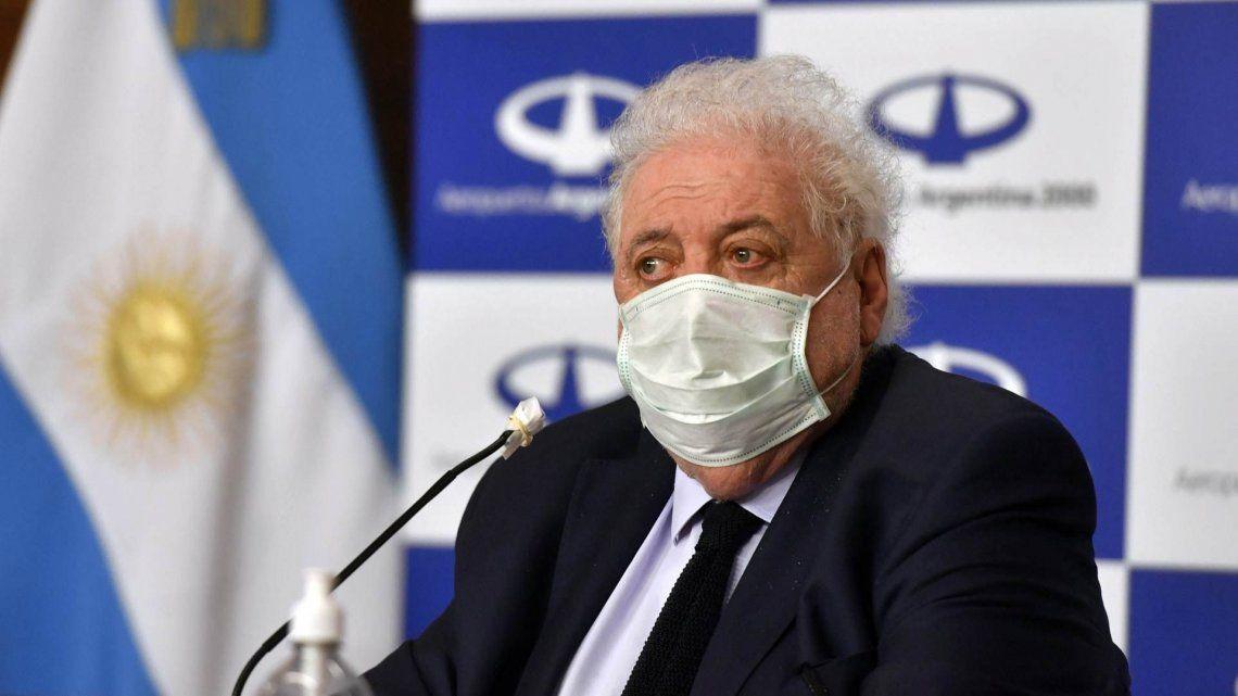 La vacunación irregular y la renuncia de Ginés González García abordados por la prensa mundial