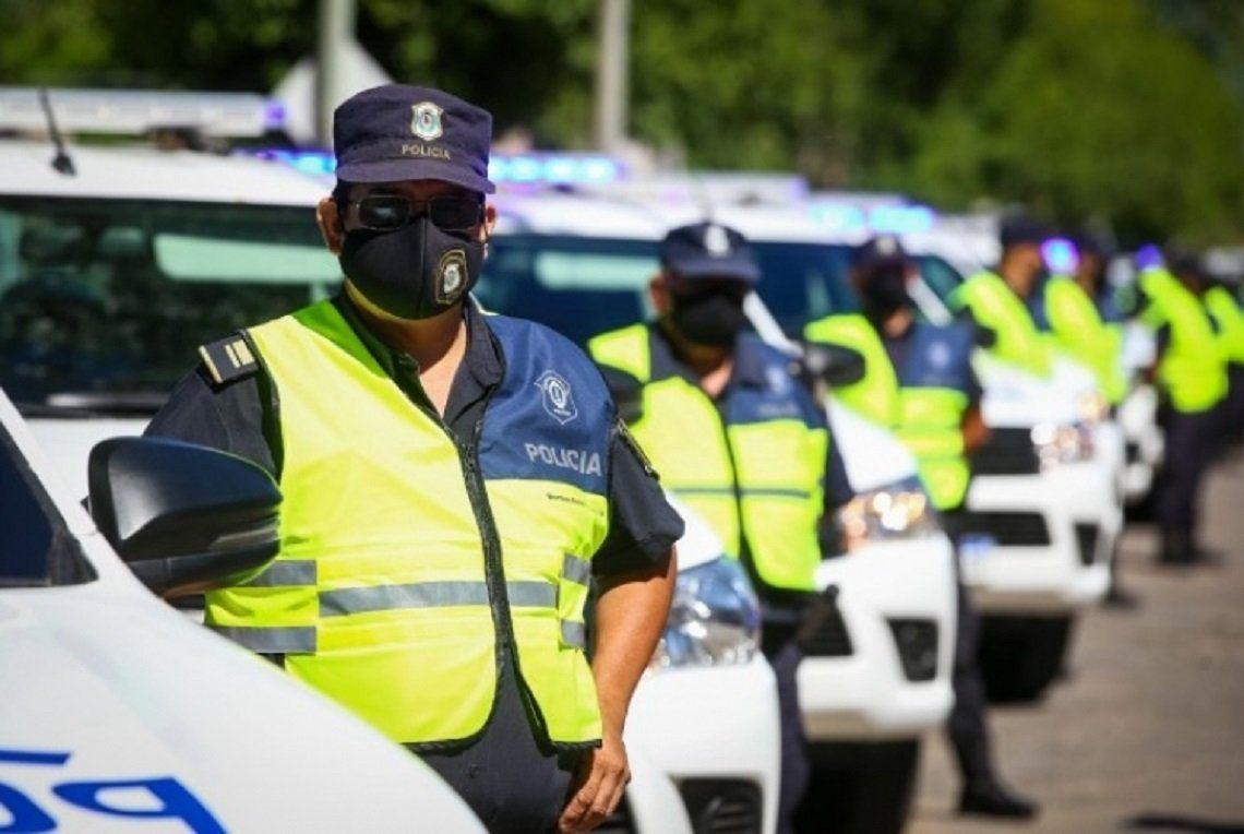 Provincia de Buenos Aires: comienzan a vacunar contra el coronavirus a las fuerzas de seguridad