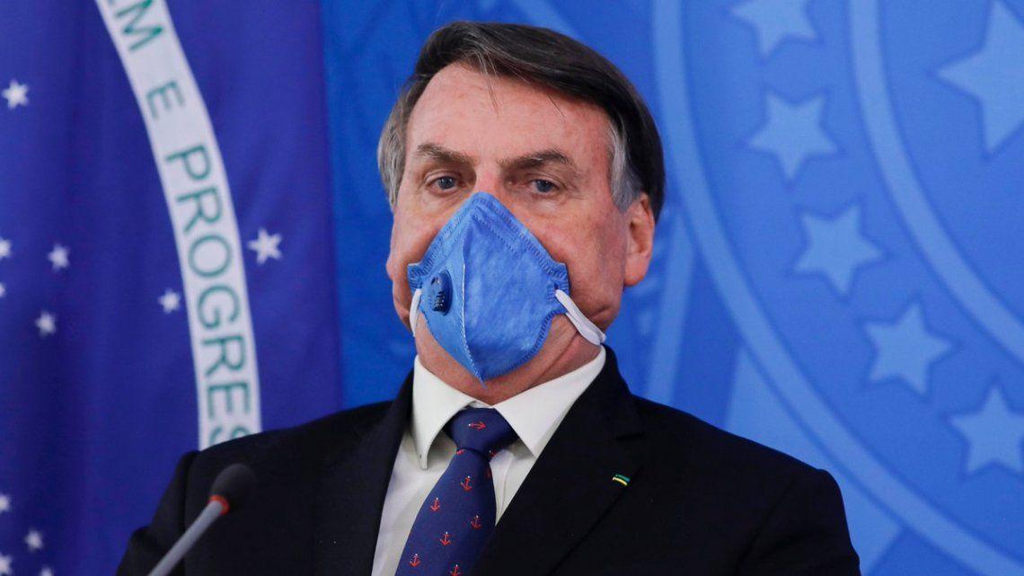 Brasil: en medio del colapso sanitario, Bolsonaro pide fin de las cuarentenas