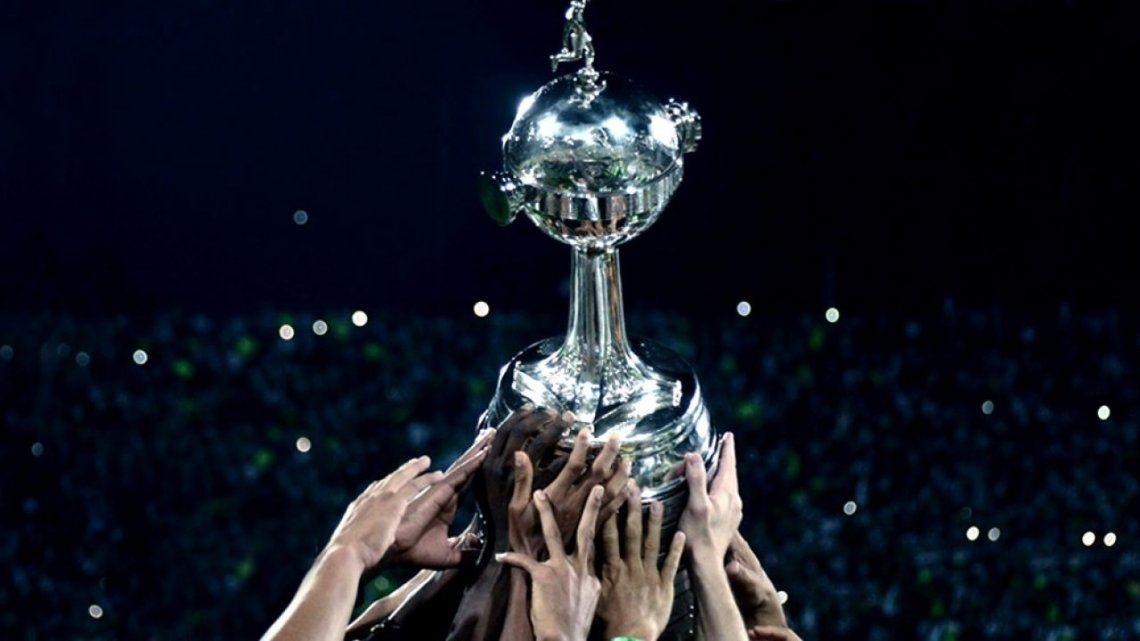 Con siete equipos argentinos, comienza la Copa Libertadores