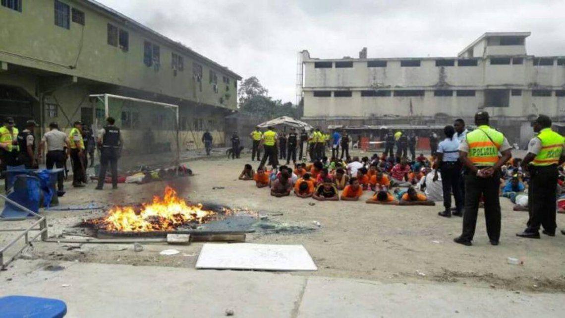 Ecuador: más de 50 muertos en motines en cárceles del país