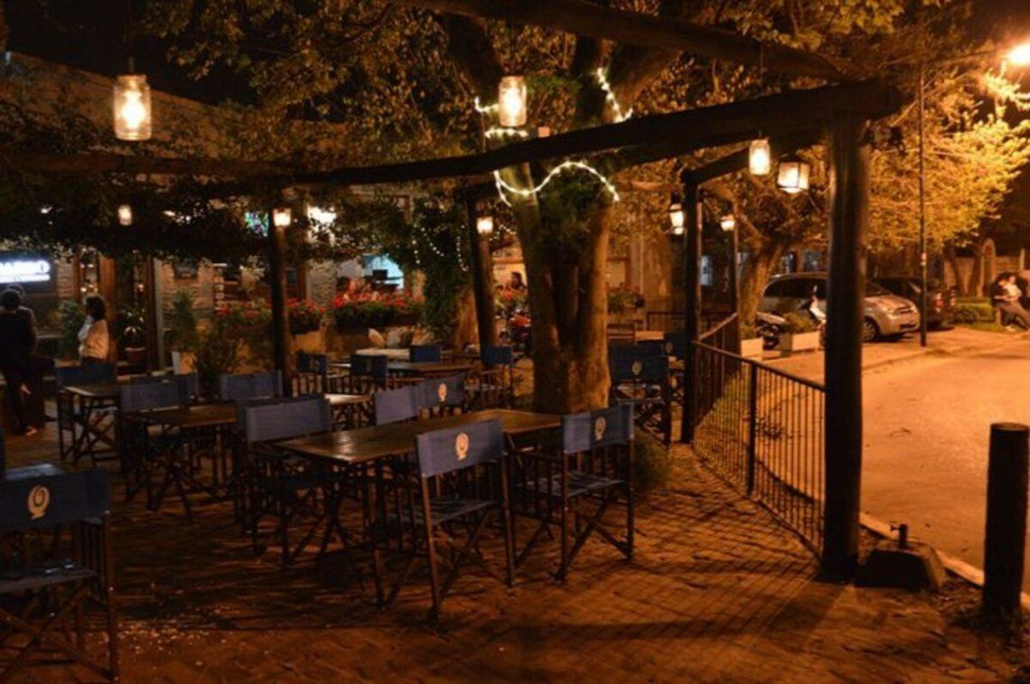 Los restaurantes podrán estar abiertos hasta cualquier hora