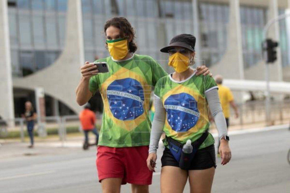 Brasil supera los 250 mil muertos por coronavirus