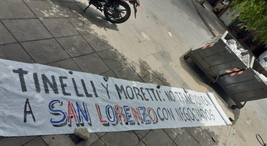 San Lorenzo: Protesta contra el plantel y el presidente