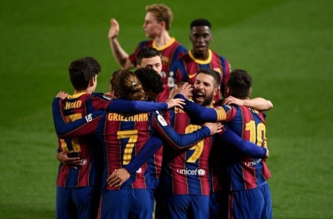 Barcelona enfrentará a Levante o Athletic de Bilbao en la final.