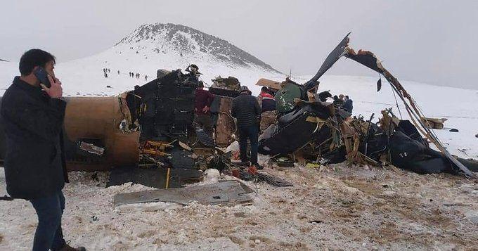 Turquía: cayó un helicóptero.