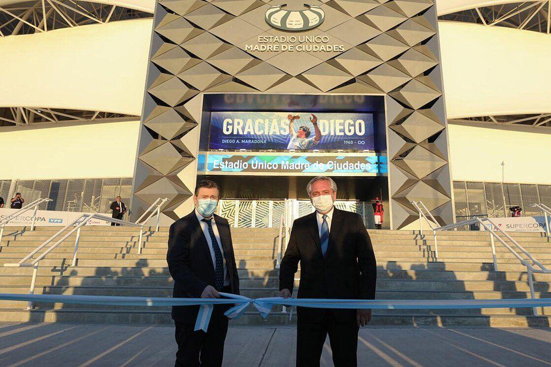 El presidente Alberto Fernández y el gobernador Gerardo Zamora inauguraron el estadio de Santiago del Estero