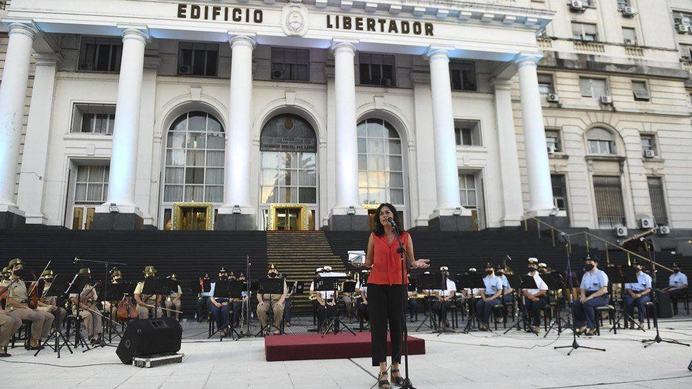 Se presentó en vivo la Orquesta de Mujeres de las Fuerzas Armadas