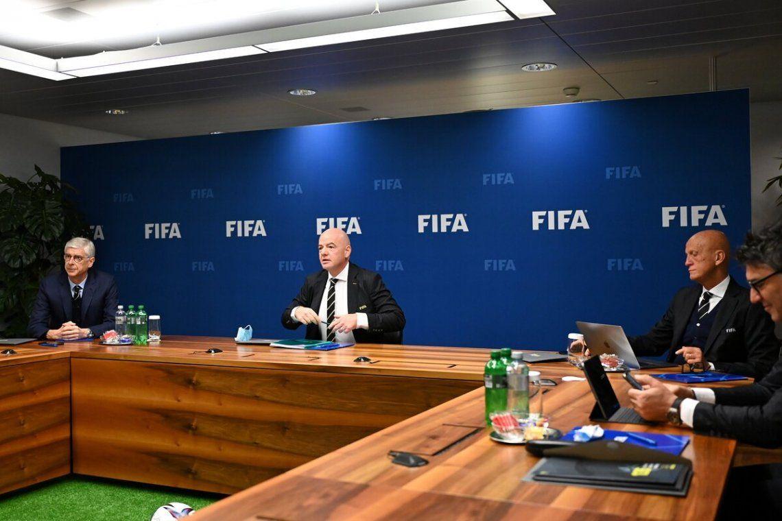 IFAB se reunió con FIFA y acordó nuevas reglas.