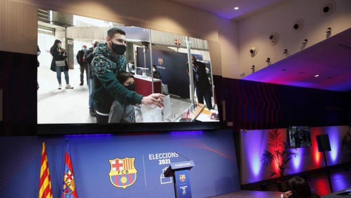 Lionel Messi vota en las elecciones de Barcelona