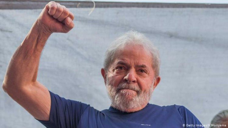 Brasil: Anularon todas las condenas con Lula