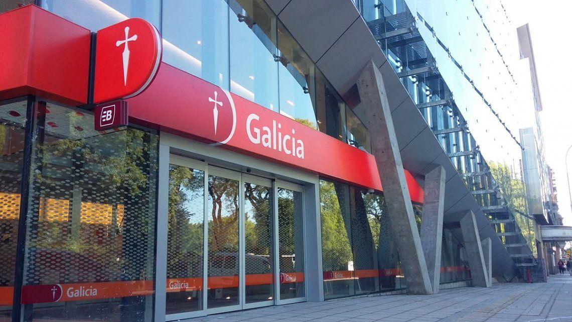 El Banco Galicia respondió a los clientes afectados por cobros indebidos.