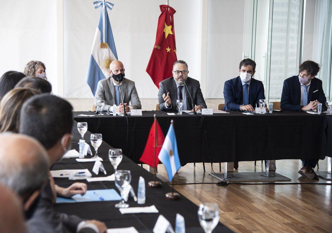 China y la Argentina se unen para desarrollar un plan económico.