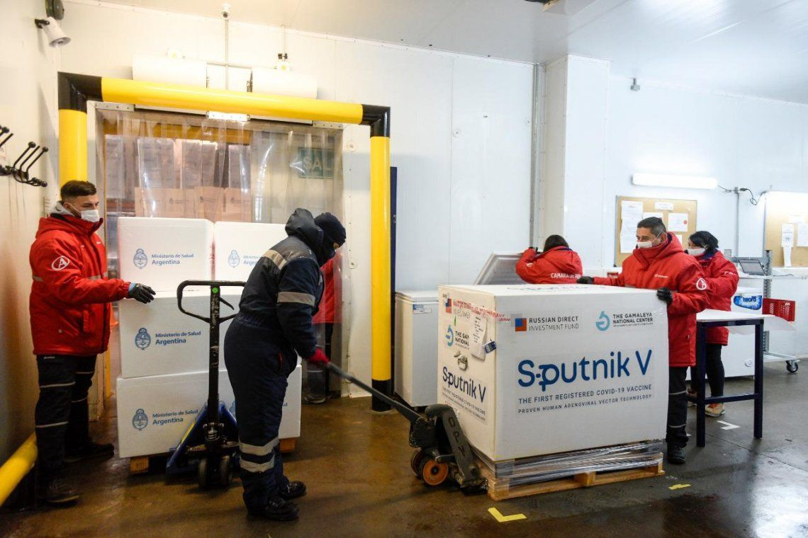 Casi 400 mil dósis de Sputnik V para combatir el coronavirus fueron enviadas a todas las provincias del país