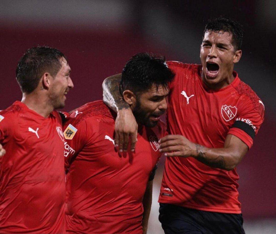 Independiente goleó a Sarmiento