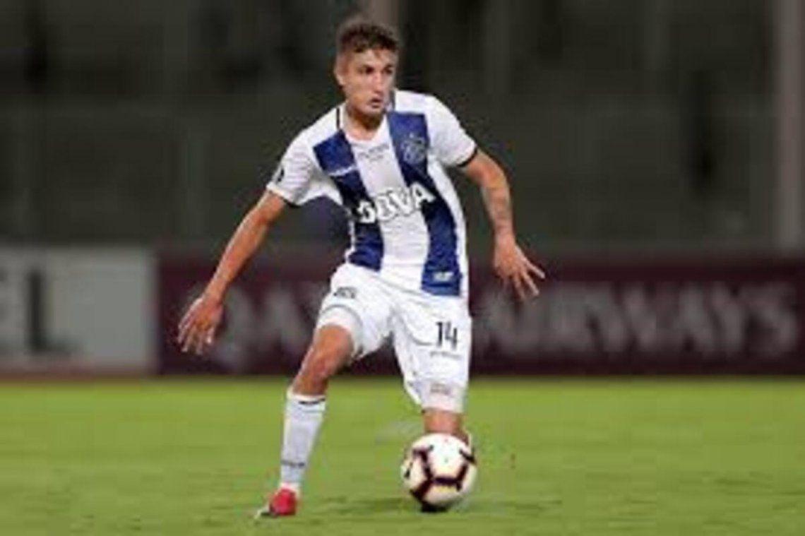 Nahuel Tenaglia podría jugar de marcador central en Talleres