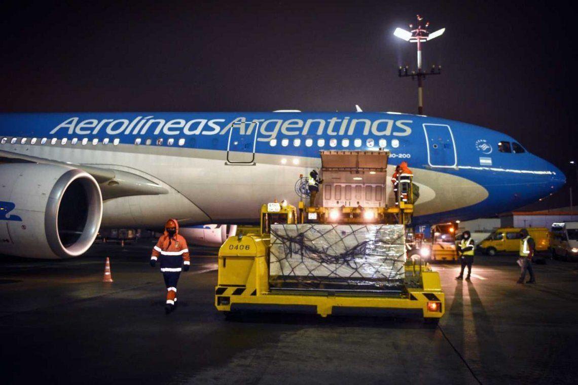 EStá regresando de Moscú el vuelo de Aerolíneas Argentinas que trae más dosis de Sputnik V