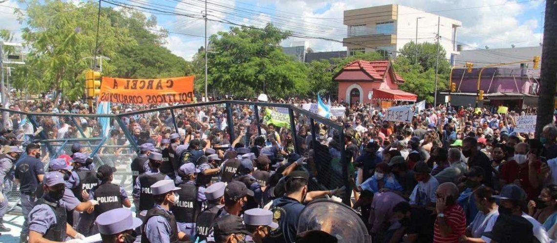 La vuelta a la fase 1 del aislamiento generó protestas en la ciudad de Formosa.