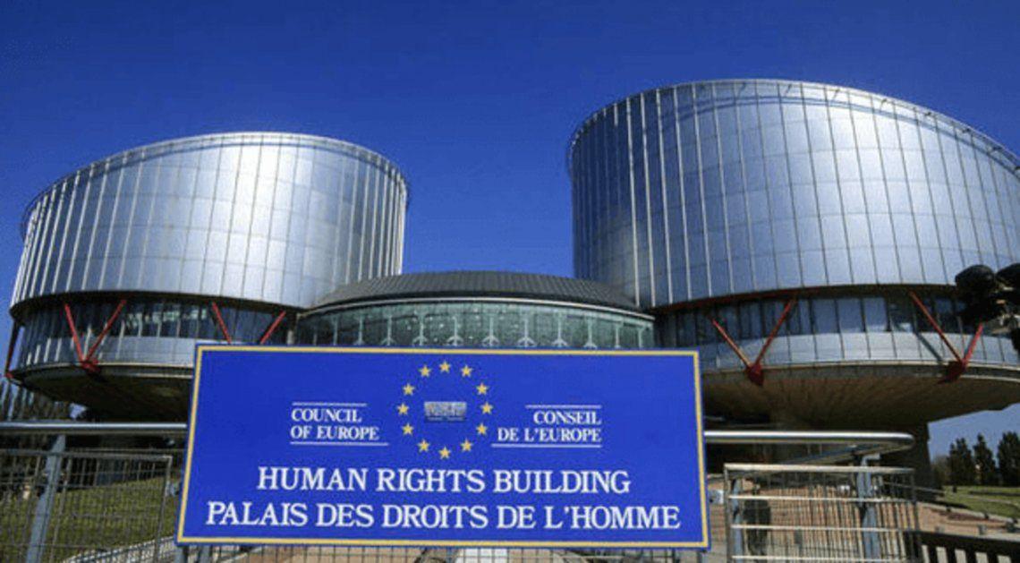 Francia: La condenaron por no tener relaciones sexuales con su marido plantea reclamo ante el Tribunal Europeo de DD HH (foto)