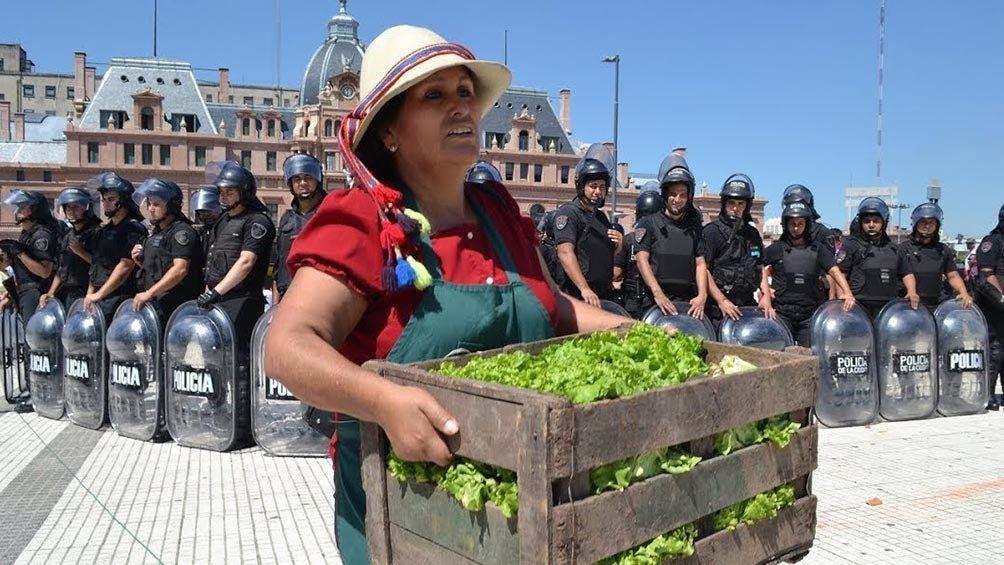 Organizaciones sociales convocaron a una sentada frente al Congreso y una movilización hacia Plaza de Mayo.