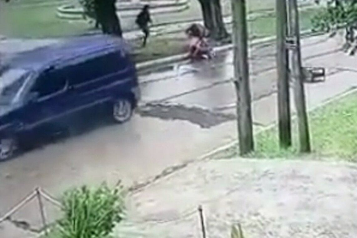 Las cámaras de la zona captaron el intento de secuestro.