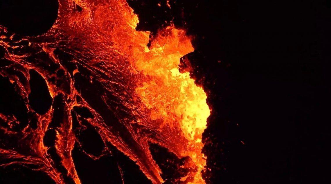 Islandia: las impactantes imágenes de la erupción del volcán Fagradalsfjall