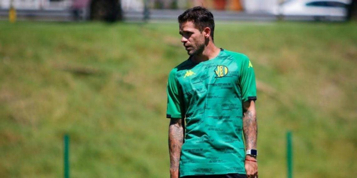 Fernando Gago dijo que es casi imposible que dirija a River y que en un futuro le gustaría entrenar a Boca
