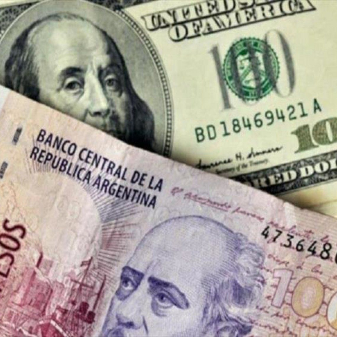 Cristina Kirchner abogó por terminar con la economía bimonetaria.