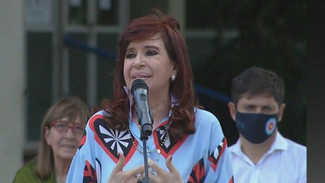 Cristina participó del acto junto al gobernador bonaerense Axel Kicillof.