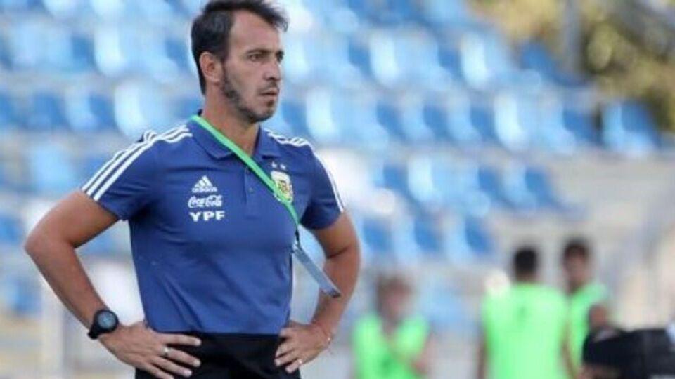 El seleccionado de Fernando Batista se prepara para los Juegos Olímpicos.