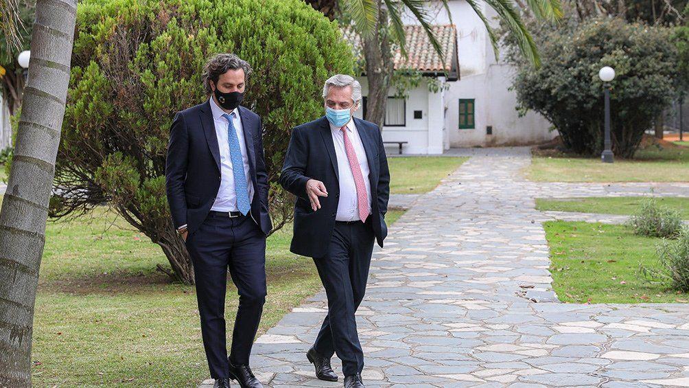 El presidente Alberto Fernández mantiene un encuentro en Olivos con parte de su Gabinete para evaluar medidas en torno al coronavirus.