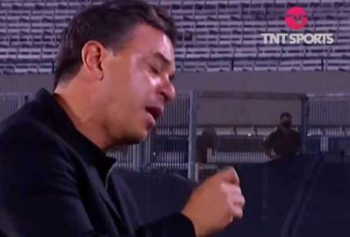 Gallardo y un reclamo hacia los árbitros: Yo te los anoto