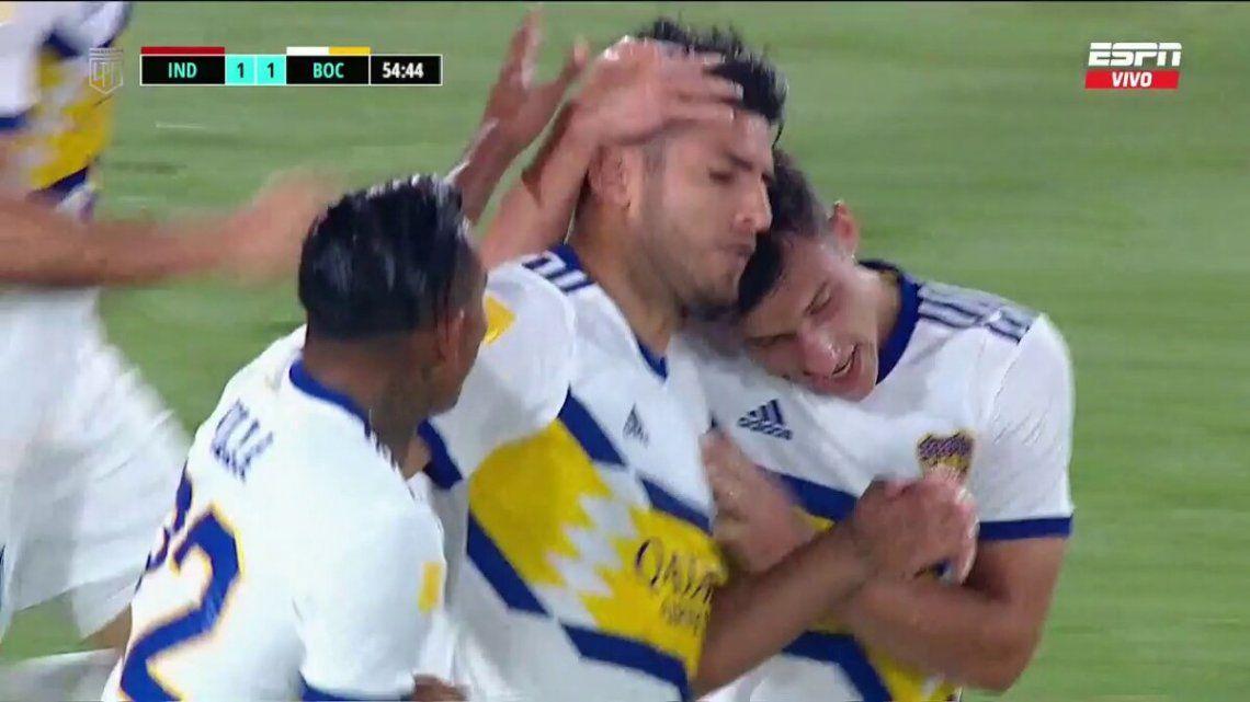 Carlos Zambrano marcó su primer gol con la camiseta de Boca.