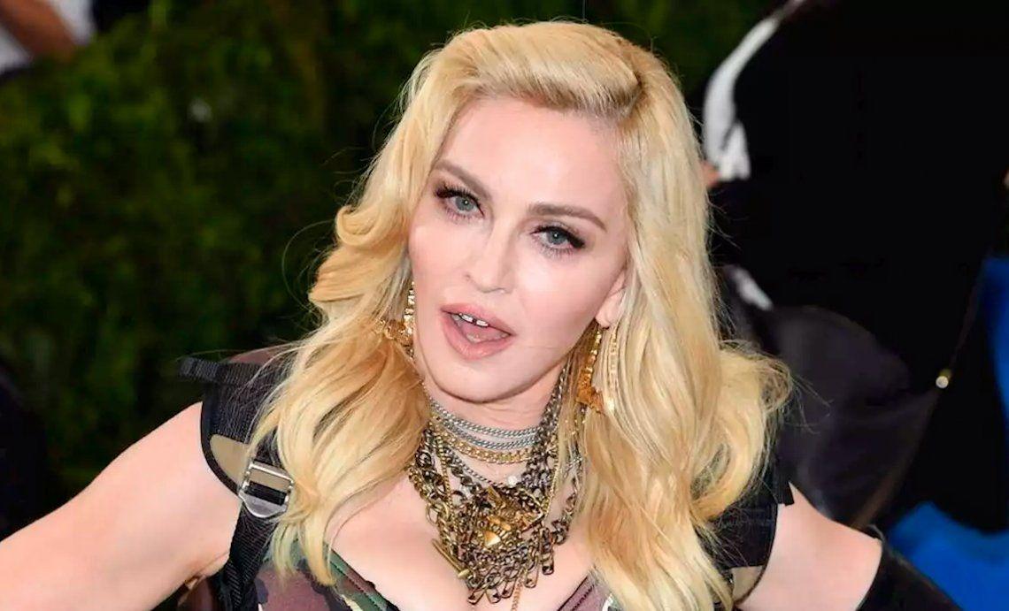 Acusan a Madonna de robarse un cuerpo