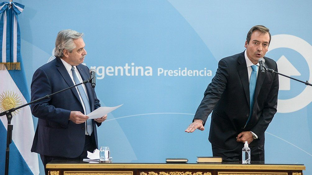 Fernández le tomó juramente a Soria.