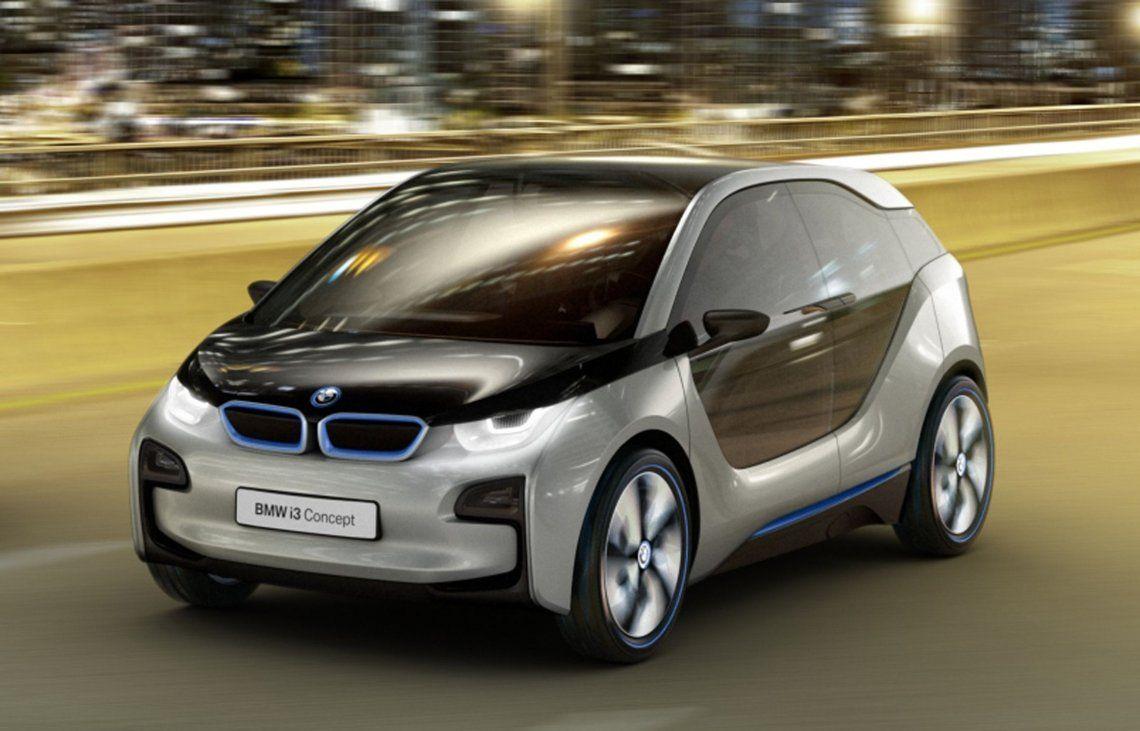 BMW prevé haber entregado unos 2 millones de vehículos totalmente eléctricos hacia fines de 2025.