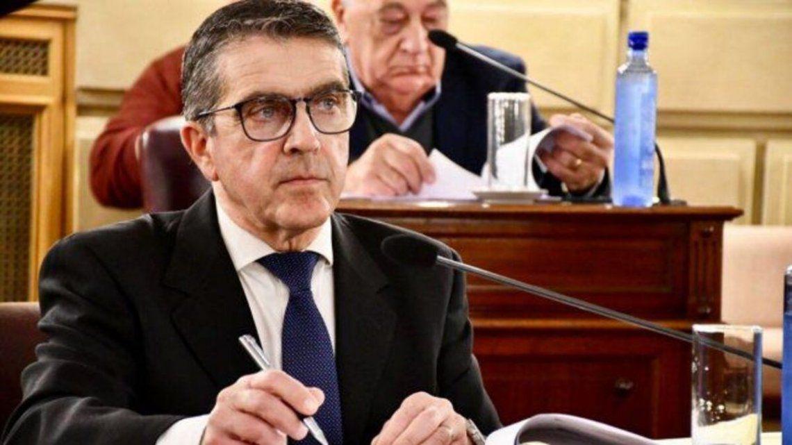 El senador provincial Armando Traferri denunció a dos fiscales de la ciudad de Rosario