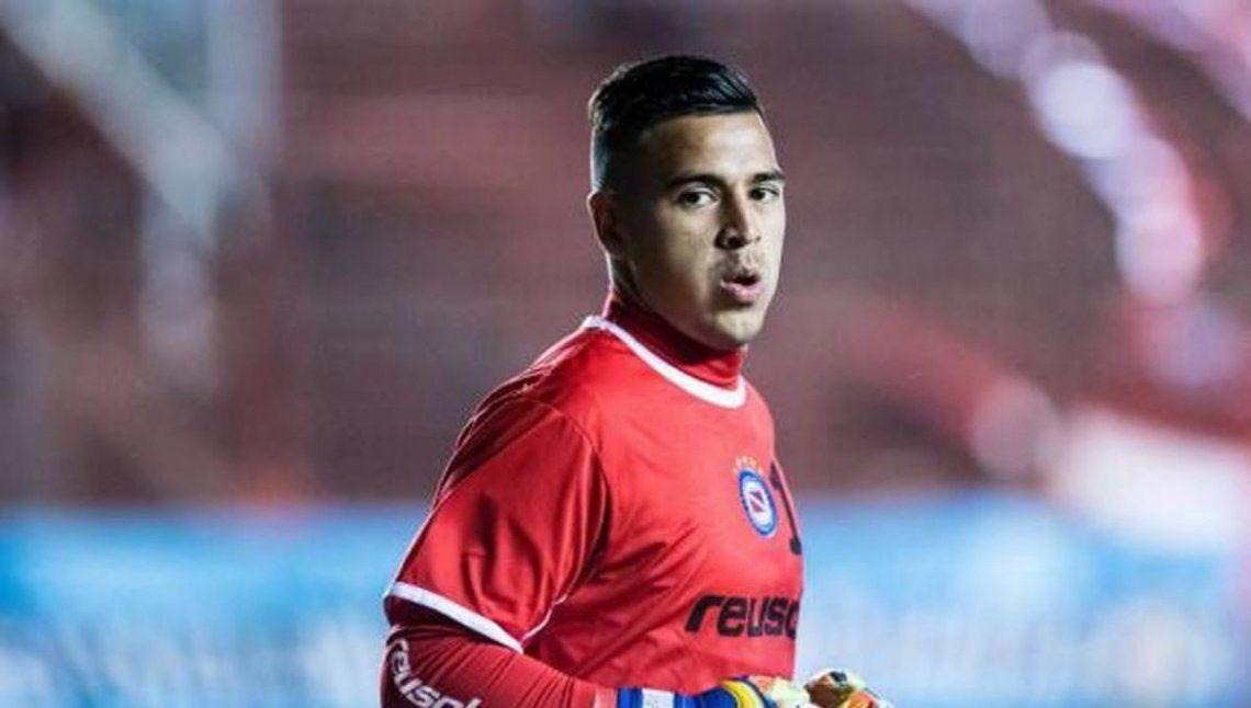 Lucas Chaves es baja por coronavirus en Argentinos Juniors