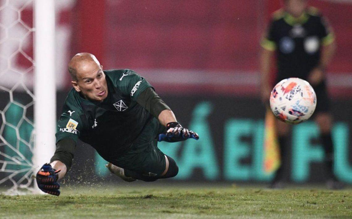 Sebastián Sosa salvó a Independiente en la última fecha. El arquero pasa por un gran momento