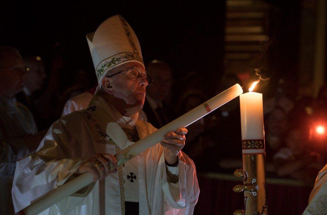 El Sábado Santo en Buenos Aires y en El Vaticano